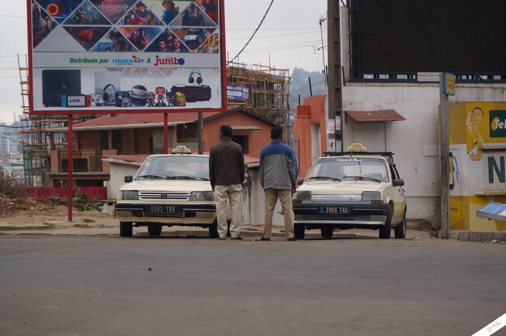 Madagascar car 02
