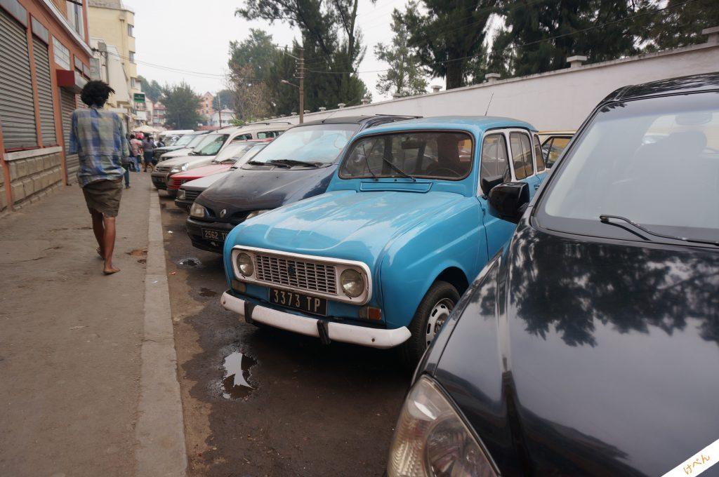 Madagascar car 03
